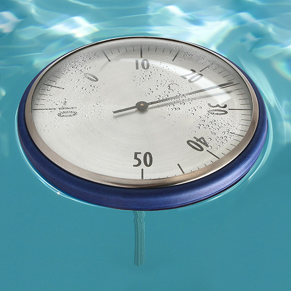 Термометр-поплавок TFA 40.2005 плавает в воде